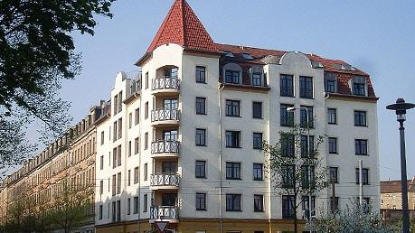 Mehrfamilienhaus – Cottaer Straße 27 Wohneinheiten und 2 Gewerbeeinheiten
